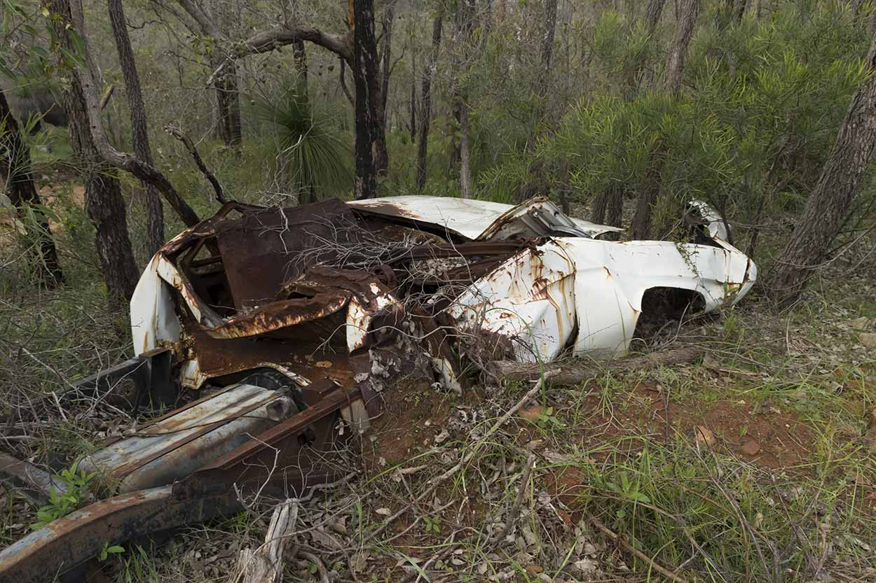 Dumped car in Beelu National Park, Perth, Western Australia