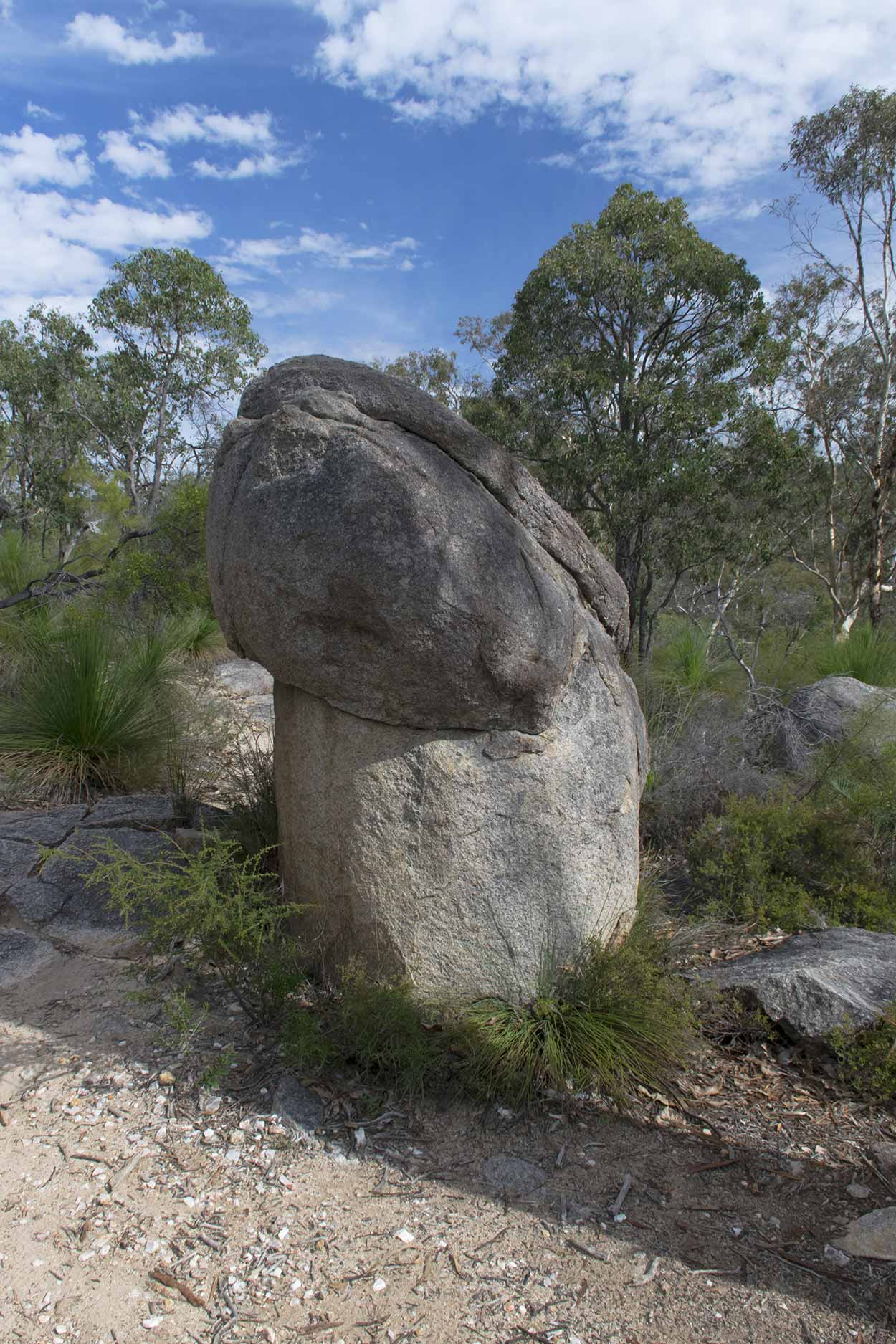 Cock rock on the Bibbulmun Track, Kalamunda National Park, Perth, Western Australia