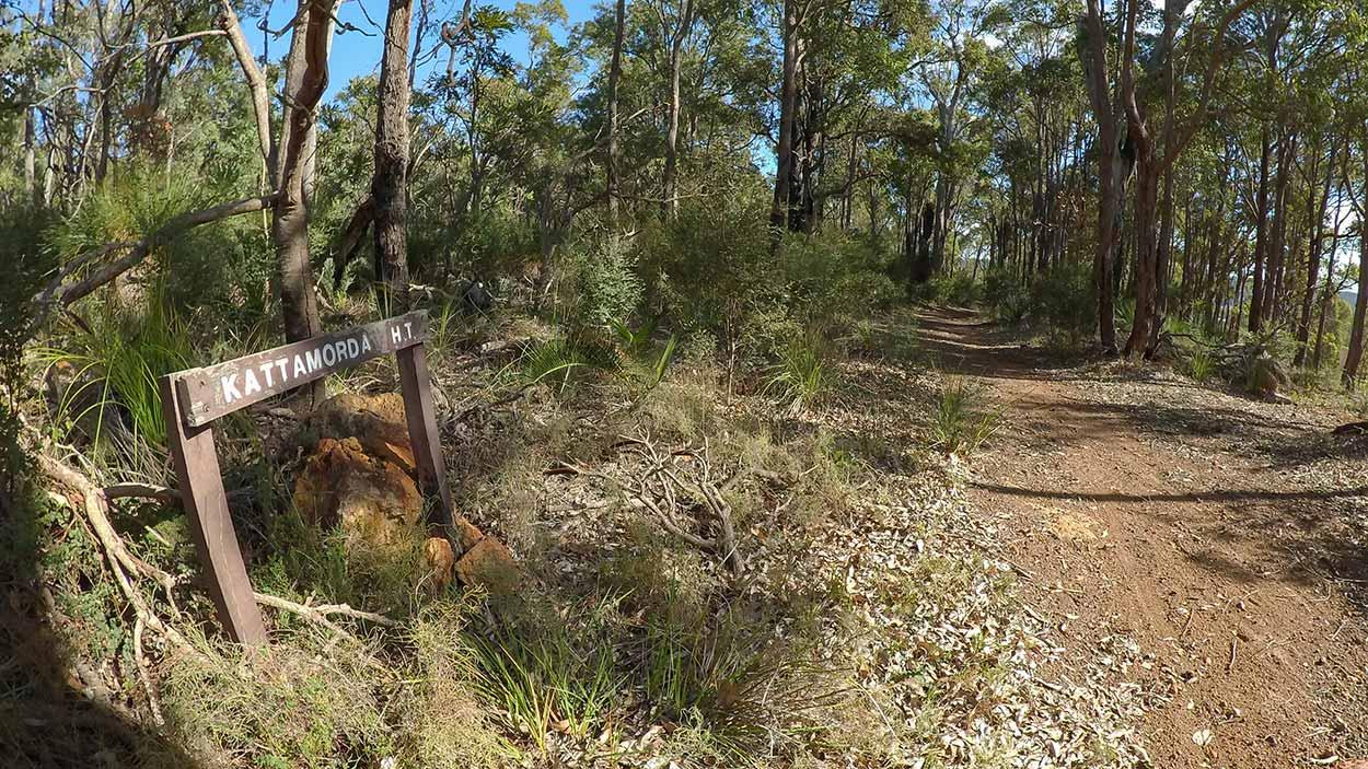 Hiking the Kattamordo Heritage Trail, Perth, Western Australia