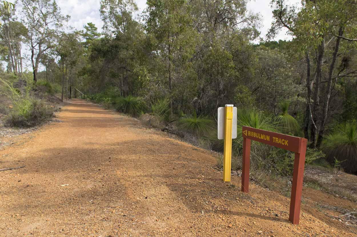Bibbulmun Track, Mundaring Weir, Perth, Western Australia