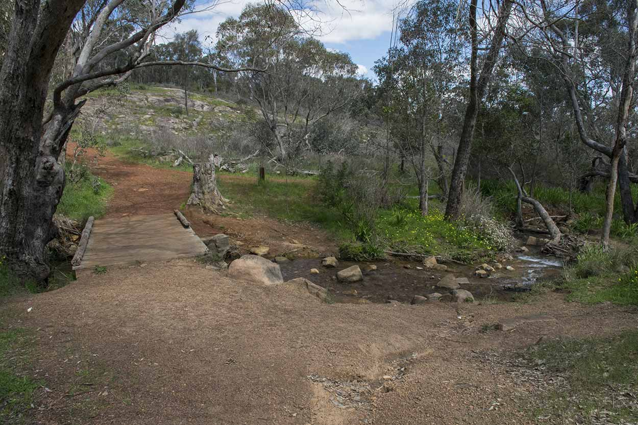 The intersection of the Whistlepipe Gully Walk and the Lewis Road Walk, Mundy Regional Park, Perth, Western Australia
