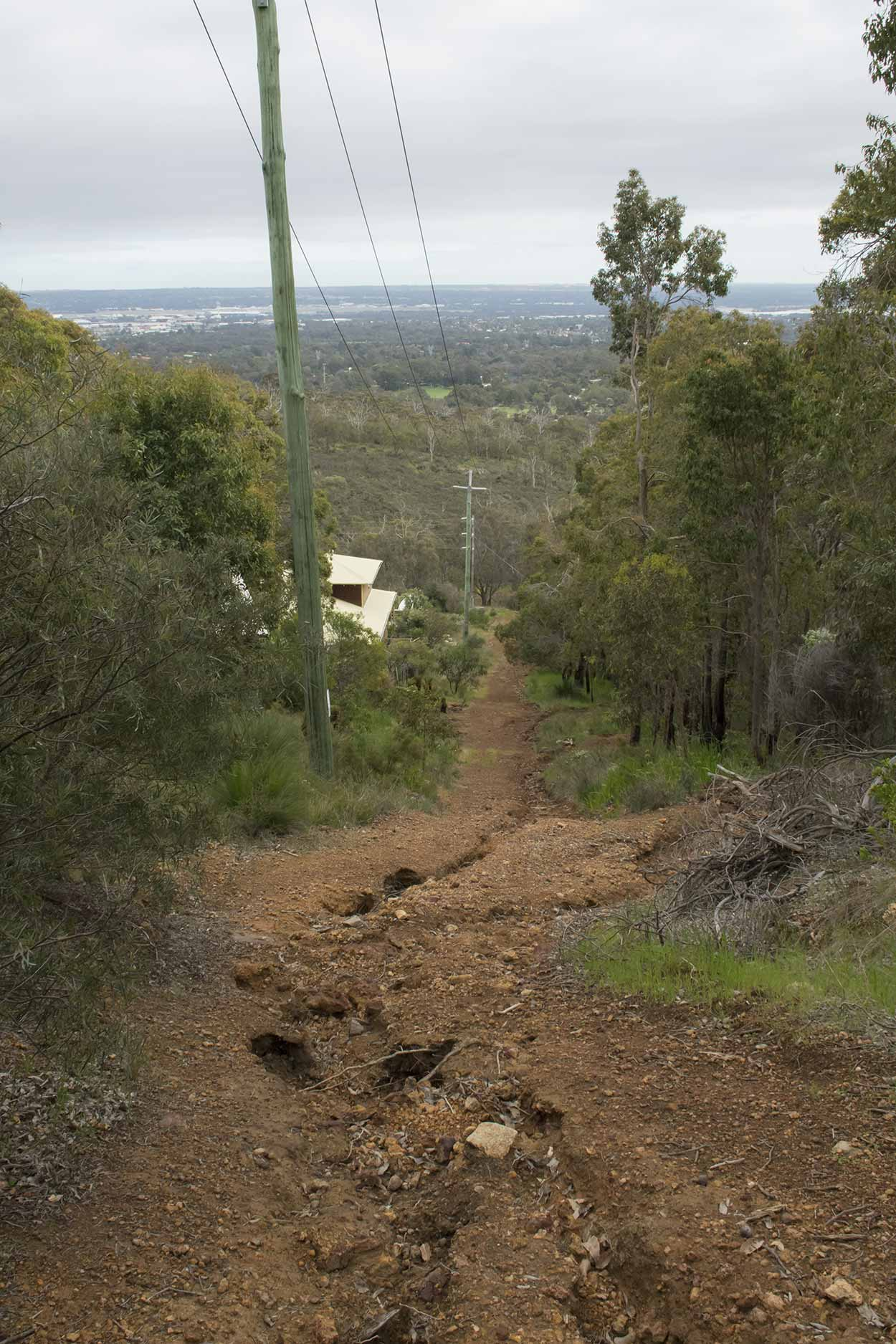 A steep section of the West Terrace Walk, Mundy Regional Park, Perth, Western Australia