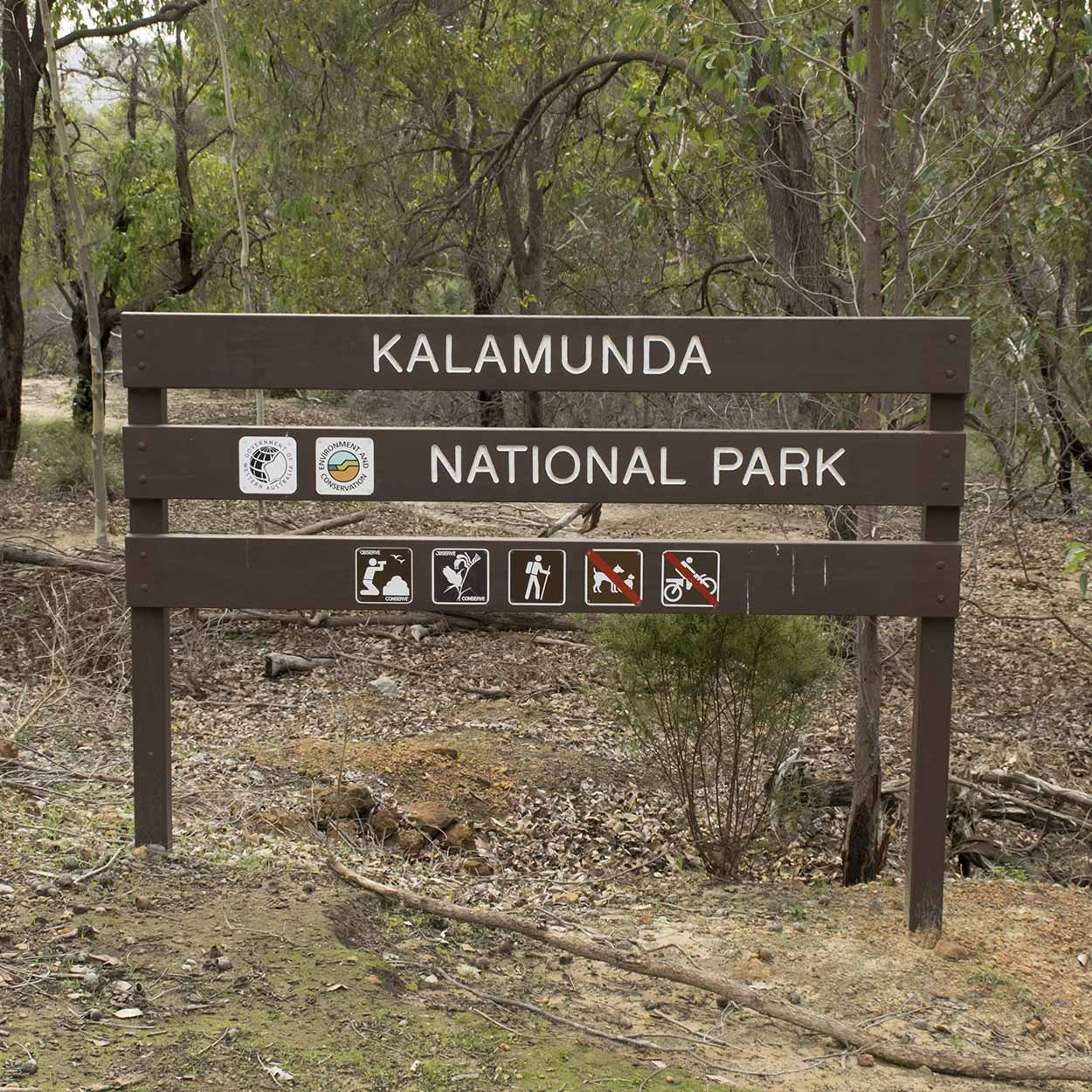 Start of the Rocky Pool walk in the Kalamunda National Park, Perth, Western Australia