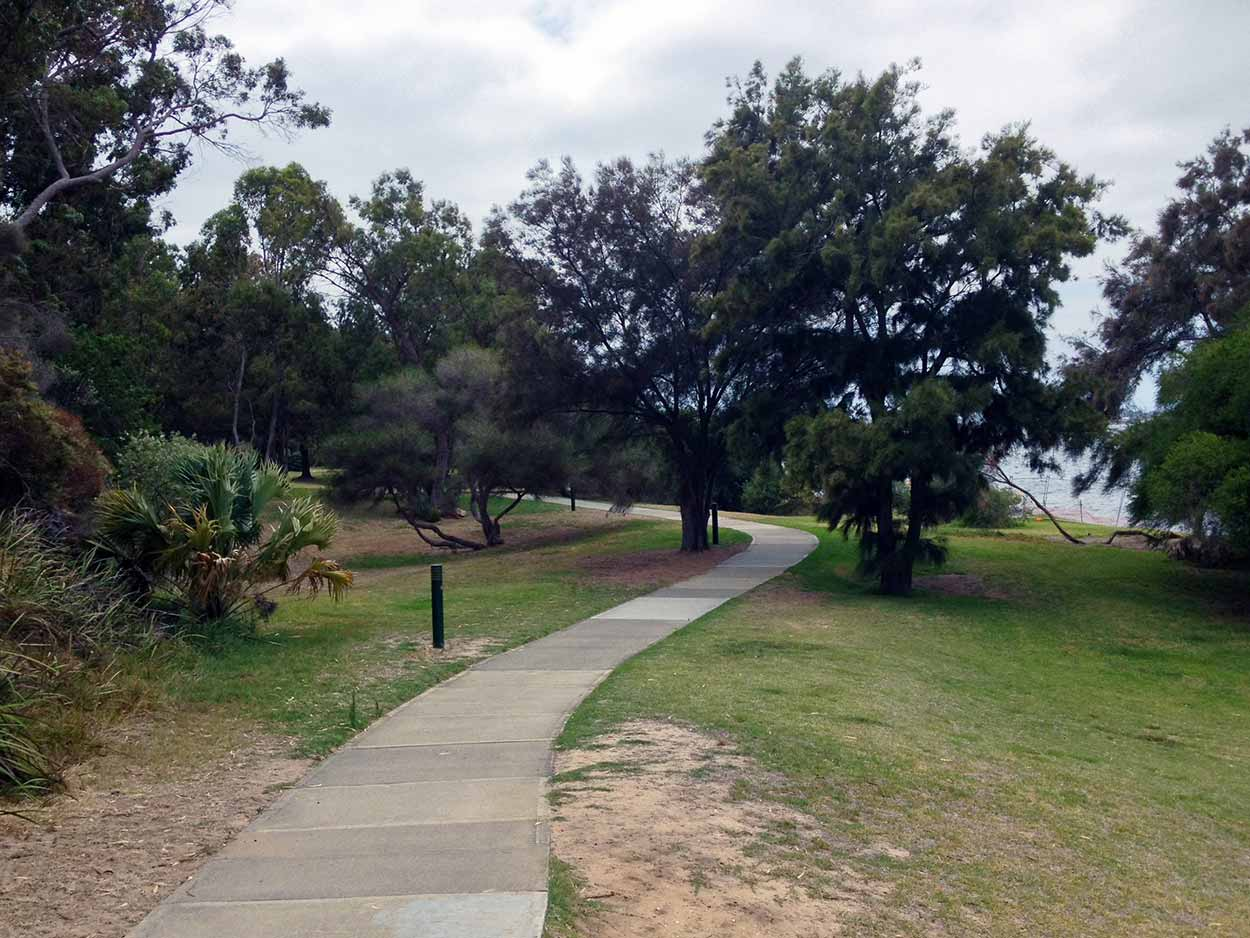 The start of the Edward Bruce Foreshore Path, Swan River, Perth, Western Australia
