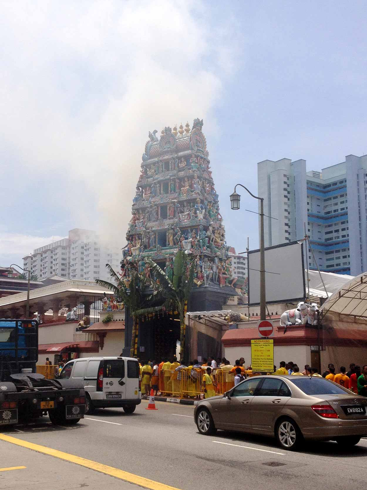 Sri Mariamman Temple on South Bridge Road, Chinatown, Singapore
