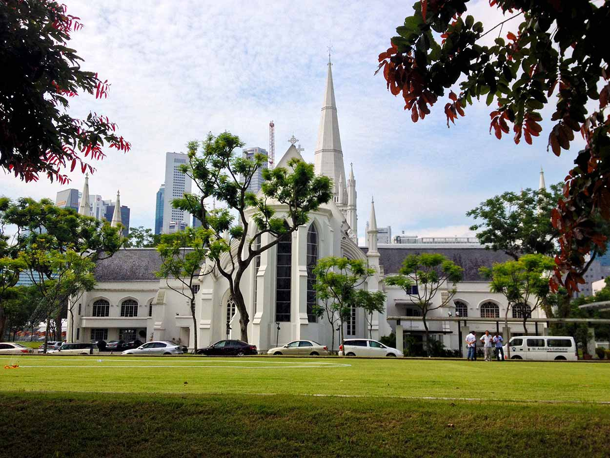 St. Andrew's Cathedral on the corner of North Bridge Road and Stamford Road, Colonial District, Singapore