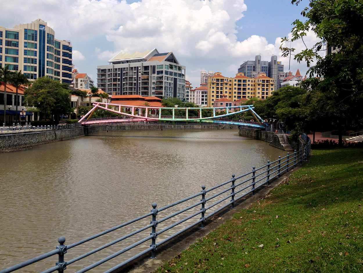 The Alkaff Bridge crossing the Singapore River, Singapore